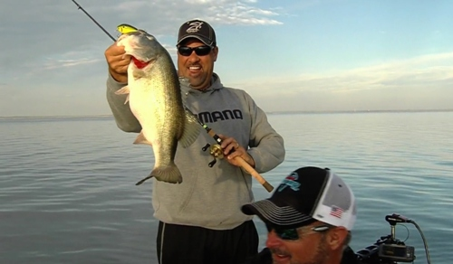 Jeff kriet show falcon lake mark zona zona 39 s awesome for Zona s awesome fishing show